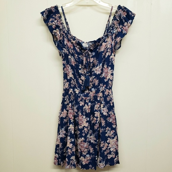 American Eagle Outfitters Dresses & Skirts - Like New! AEO Floral Print Dress